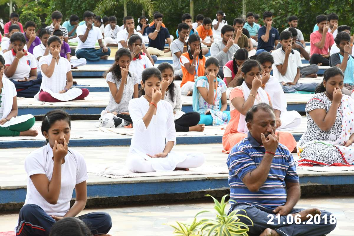 Vel Tech International Yoga Day - 2018
