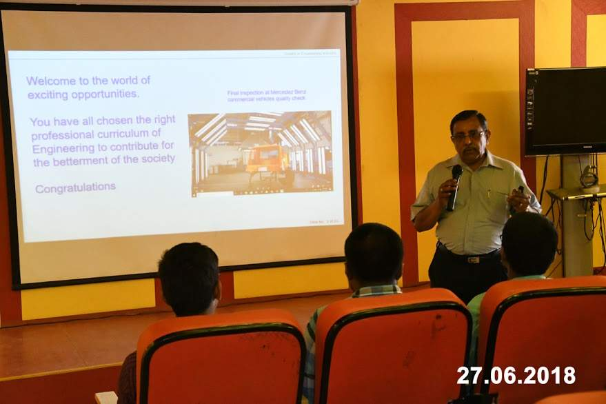 Interaction with Freshman Engineering Students by Mr. V. Thiygarajan
